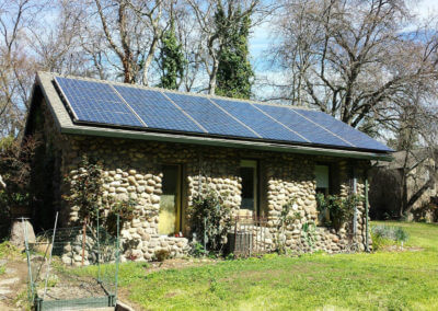 6.12kW roof mounted solar historic stagecoach stop Loomis, ca